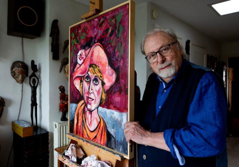 Adrian Stahlecker, thuis in Scheveningen. © Henriette Guest