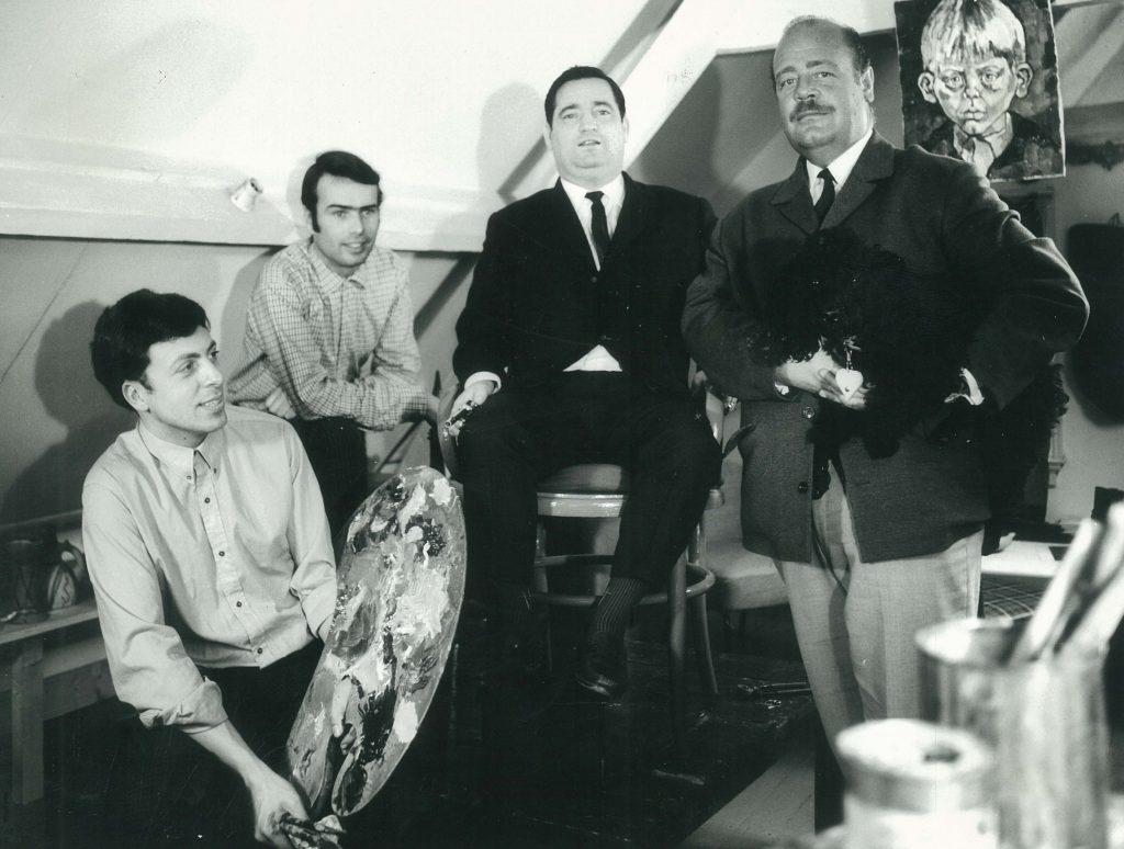 Adrian met v.l.n.r. Jan Neurdenberg, Willy Alberti, Paul Wilking